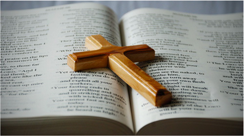 Bible-And-Cross-Pic